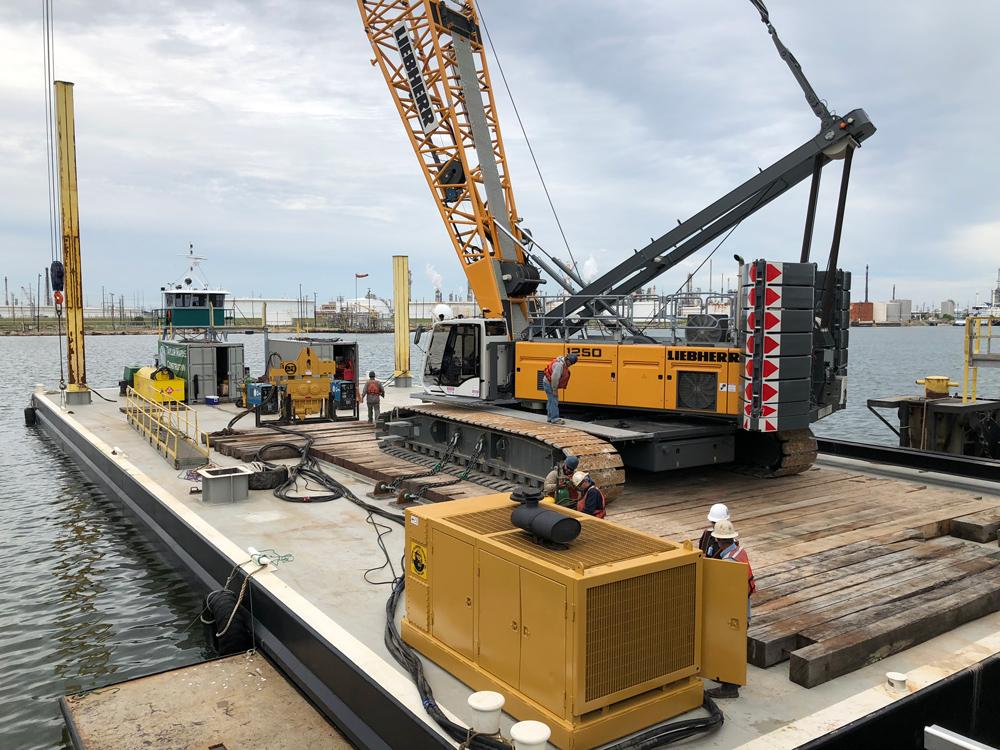 Crane Barge Services